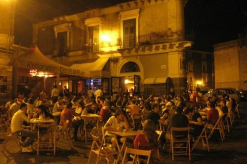 agora-hostel-dehors